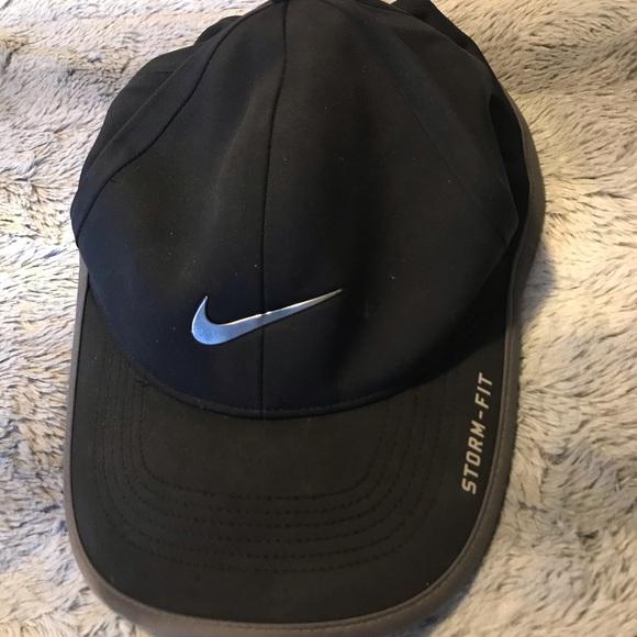 Nike Storm-fit Hat